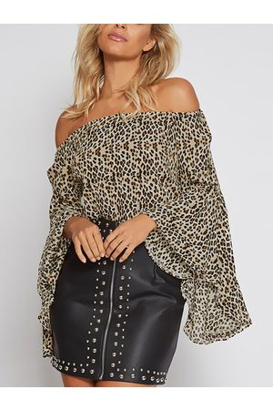 YOINS Women Tops - Leopard Print Elastics Off-The-Shoulder Bell Sleeves Top