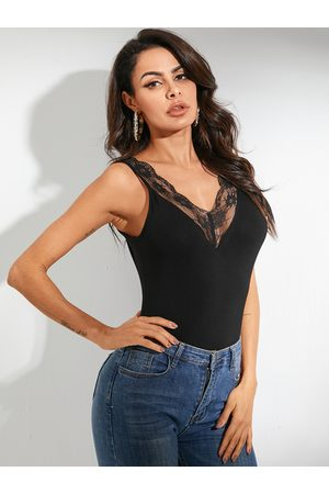 YOINS Women Tank Tops - Black Backless Design V-neck Sleeveless Tank Top