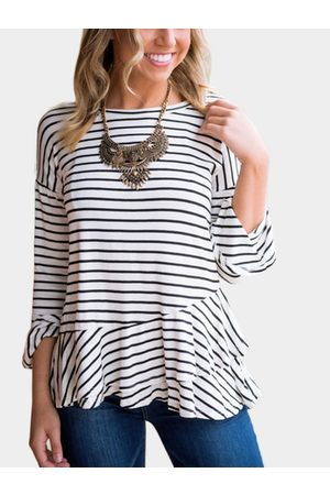 YOINS Women T-shirts - Stripe Round Neck Flared Sleeves T-shirt