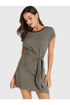 YOINS Stripe Knotted Round Neck Short Sleeves Dress