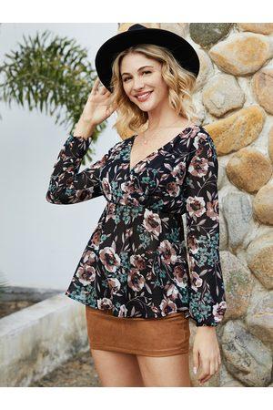 YOINS Black Backless Design Floral Print V-neck Long Sleeves Blouse