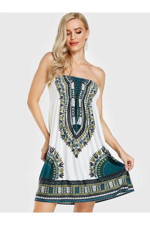 YOINS Tribal Print Smocking Strapless Dress