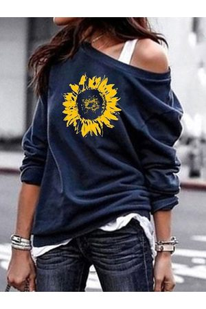 YOINS Round Neck Graphic Sweatshirt