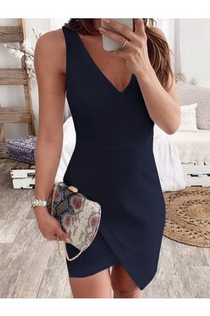 YOINS Casual Irregular Hem V-neck Sleeveless Dress