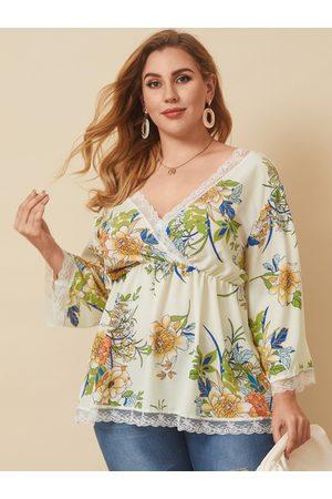 YOINS Plus Size V-neck Backless Design Wrap Design Lace Long Sleeves Blouse