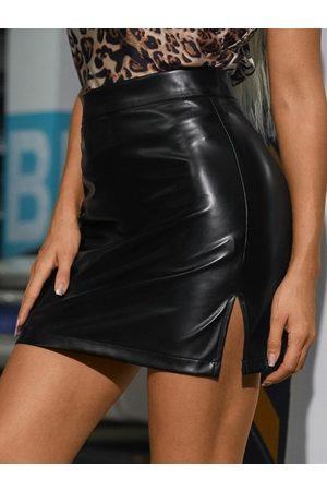 YOINS PU Leather Slit Hem Mini Skirt