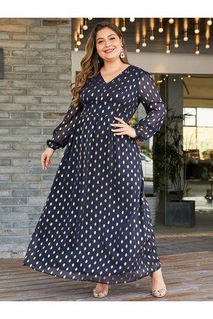 YOINS Plus Size Navy With Lining Polka Dot V-neck Dress