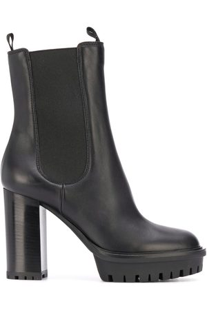 Gianvito Rossi Women Ankle Boots - Chelsea ankle boots