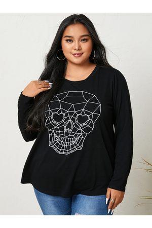 YOINS Plus Size Halloween Skull Crew Neck Graphic Long Sleeves Tee