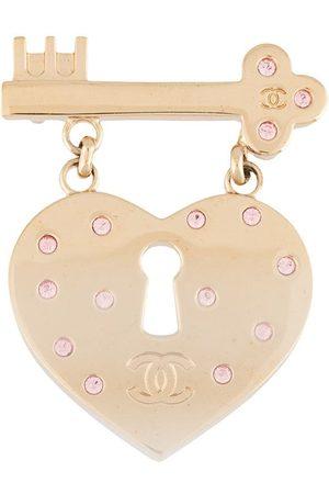 CHANEL 2002 heart lock brooch