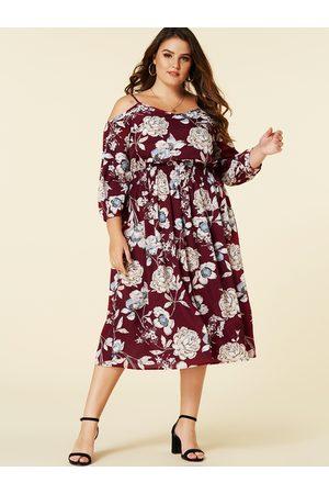 YOINS Plus Size Random Floral Cold Shoulder Dress