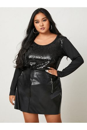 YOINS Plus Size Halloween Round Neck Sequins Embellished Long Sleeves Tee