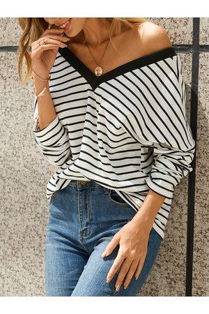 YOINS White Striped Backless Design V-neck Long Sleeves Tee
