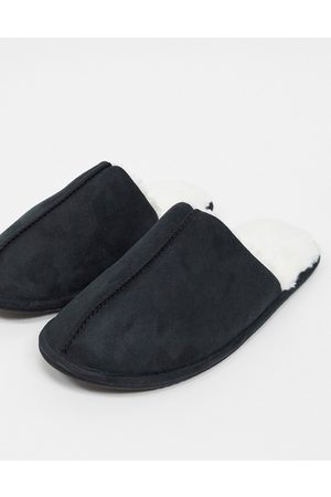 ASOS Slip on slippers in with cream faux fur lining