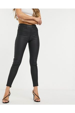 New Look Faux leather coated jeggings in