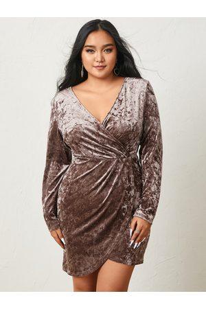 YOINS Plus Size Deep V Neck Wrap Design Long Sleeves Mini Dress