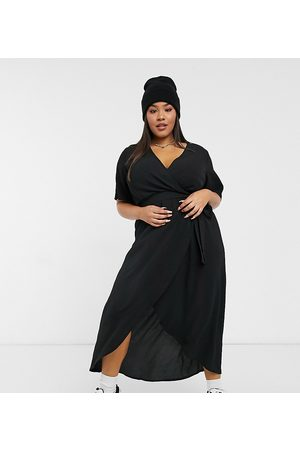 New Look Women Dresses - New Look Curve classic flutter sleeve wrap dress in