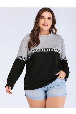 YOINS Plus Size Patch Round Neck Sweatshirt