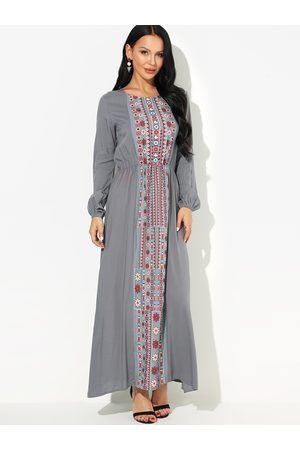 YOINS Tribal Cinched Wasit Maxi Dress in Black