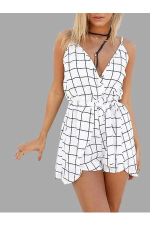 YOINS Grid Sleeveless V-neck Playsuit with Belt