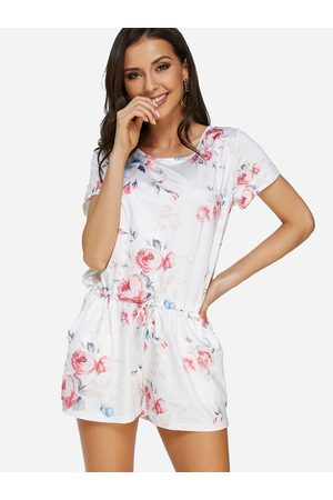 YOINS Random Floral Print Round Neck Short Sleeveless Playsuit