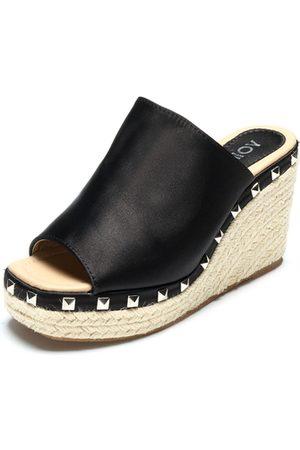 YOINS Rivet Embellished Wedge Satin Slippers