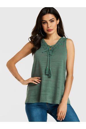 YOINS Crochet Lace Embellished V-neck Top