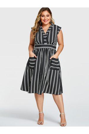 YOINS Women Midi Dresses - Plus Size Stripe Pockets V-neck Sleeveless Dress
