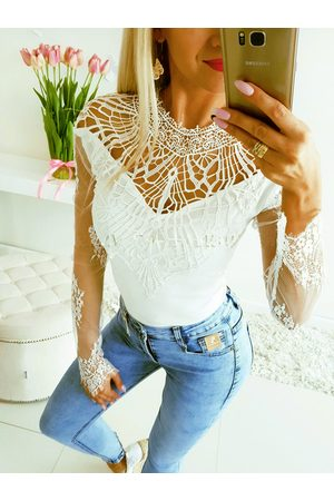 YOINS White Lace Backless Long Sleeves Tee