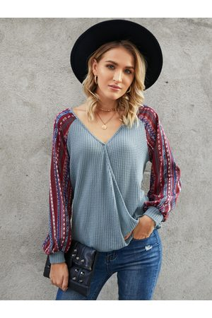 YOINS Tribal Patchwork V-neck Long Sleeves Waffle Knit Top