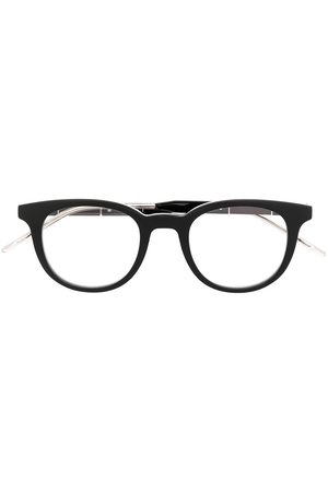 Gucci Metal tip detailed glasses