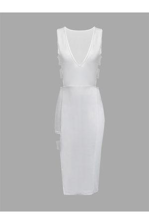 YOINS White Sleeveless PlungeV-neck Sexy Hollow Bodycon Dress