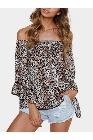 YOINS Fashion Leopard Off The Shoulder Flared Sleeves Blouse
