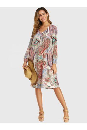 YOINS Apricot Paisley Print V-neck Long Sleeves Dress