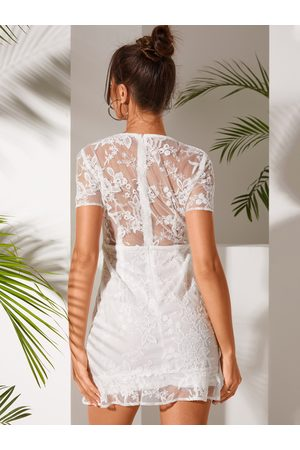 YOINS White Embroidery With Lining V-neck Dress