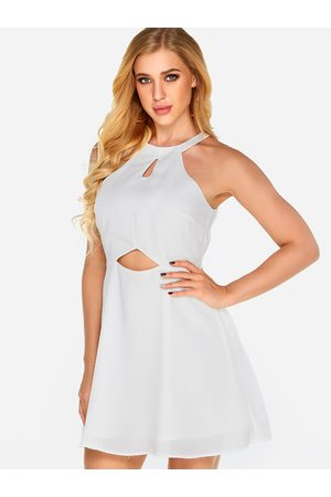 YOINS Cut-out Design Halter Sleeveless Middle-waisted Dress