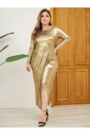 YOINS Plus Size Gold Slit Design Glitter Long Sleeves Dress