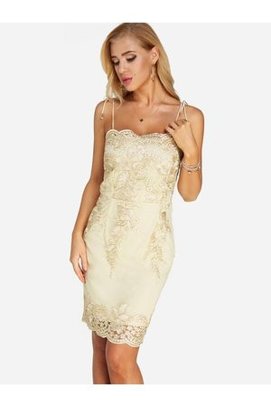 YOINS Embroidered Pattern Lace-up Design Sleeves Party Dress