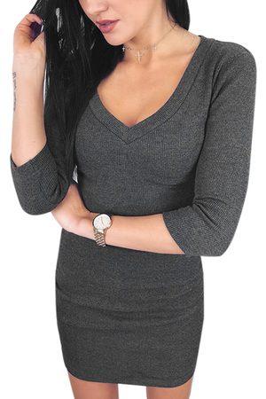 YOINS Dark Plain V-neck 3/4 Length Sleeves Bodycon Hem Dress