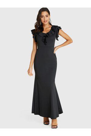 YOINS Round Neck Ruffle Trim Sleeveless Fishtail Dress