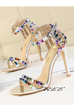 YOINS Sexy Point Toe Rivet Stiletto Sandals