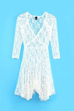 YOINS White Lace Skate Dress