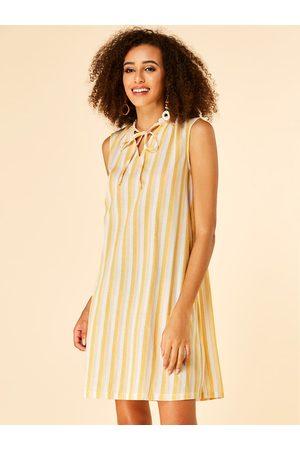 YOINS Lace-up Design Stripe Pattern V-neck Sleeveless Dress