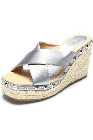 YOINS Cross Front Rivet Embellished Wedge Slippers