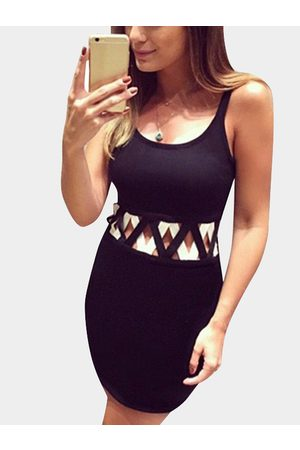 YOINS Women Bodycon Dresses - Contrast Color Sexy Bodycon Dress with Cut-out Details