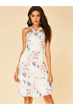 YOINS Floral Print Halter Sleeveless Dress