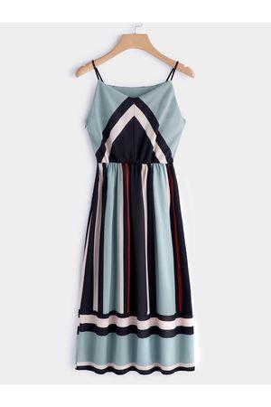 YOINS Women Maxi Dresses - Color Block V-neck Sleeveless Spaghetti Beach Dress in
