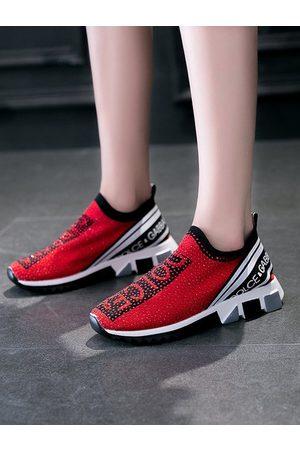 YOINS Sport Gilter Letter Pattern Platform Sneakers