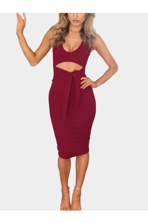 YOINS Women Bodycon Dresses - Bodycon Low V-neck Cutout Waist Midi Dress in
