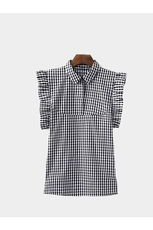 YOINS Black and White Check Frilled One Button Tank with Point Collar
